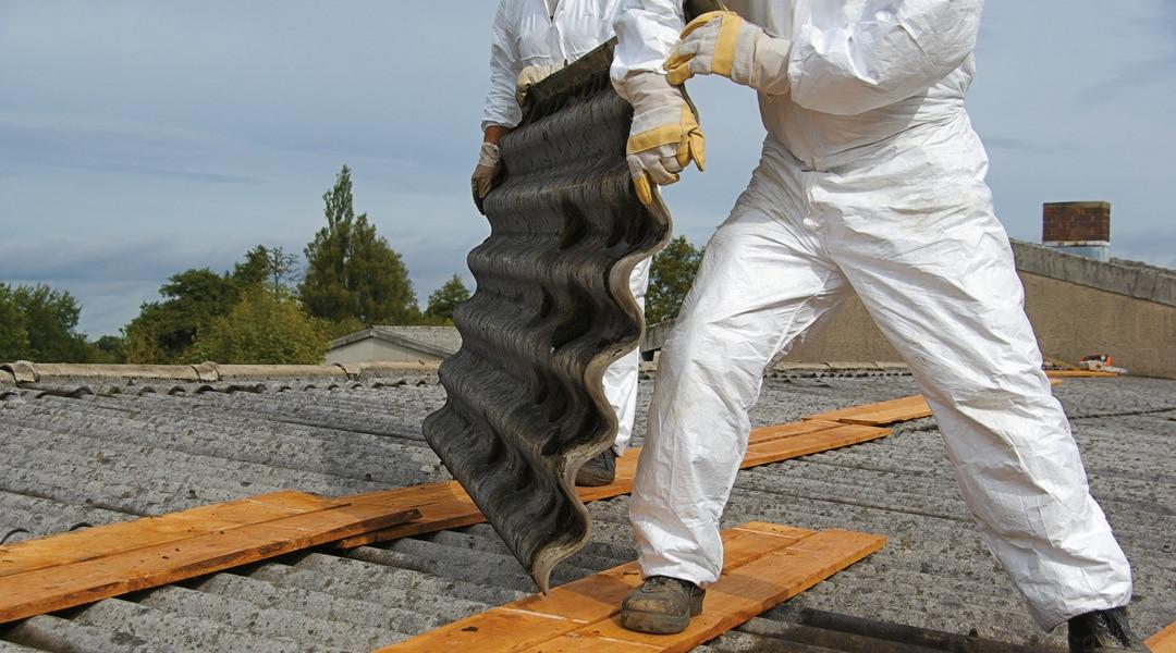 L'amiante a été intégrée dans la composition de nombreux matériaux de construction du fait de ses propriétés en matière d'isolation thermique et acoustique, de résistance mécanique et de protection contre l'incendie. En raison du caractère cancérigène de ses fibres, son usage a été totalement interdit en 1997. Toutefois, l'amiante est toujours présente dans de très […]